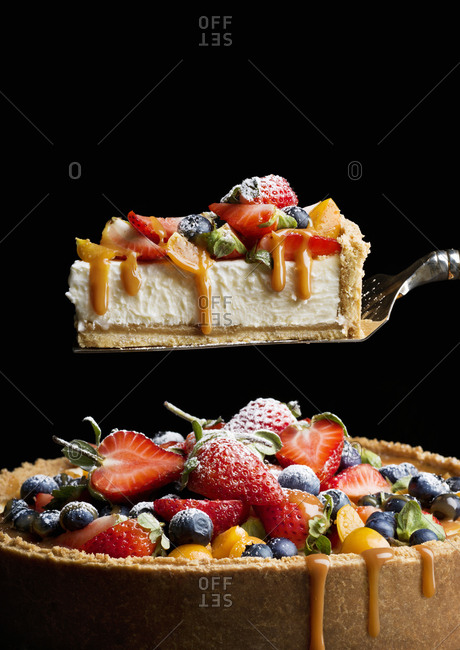 Cake with various fruits