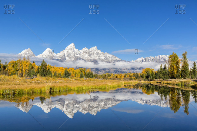 USA- Wyoming- Grand Teton National Park- view to Teton Range with Snake River in the foreground