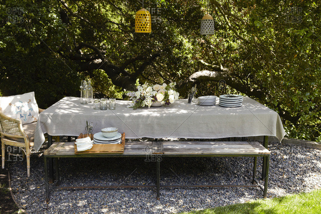 Long table outdoors for spring brunch