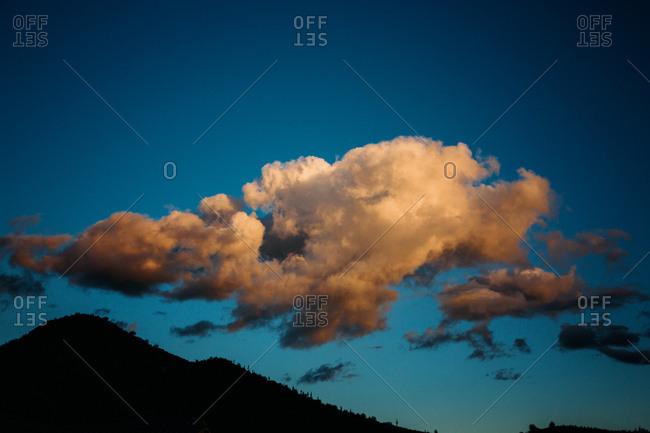 Clouds over desert hill - Offset