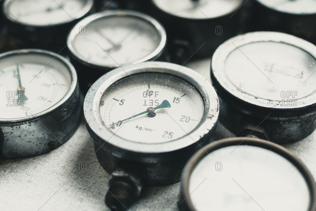 Collection of old pressure meters from fire brigade