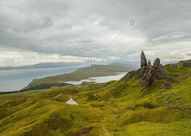 View of the Old Man of Storr, Isle of Skye, Inner Hebrides, Scotland, United Kingdom, Europe