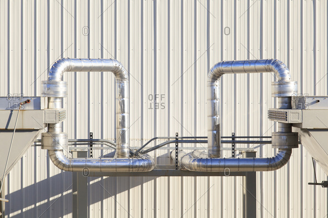 Chiller piping for electric cogeneration plant