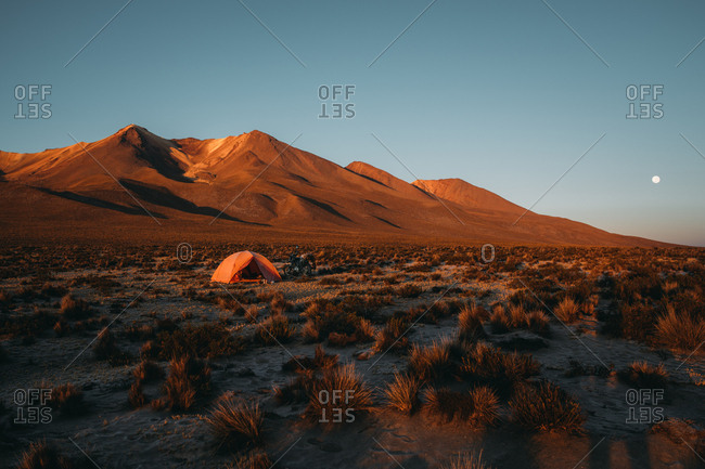Wild camp on sunrise light in the Andes