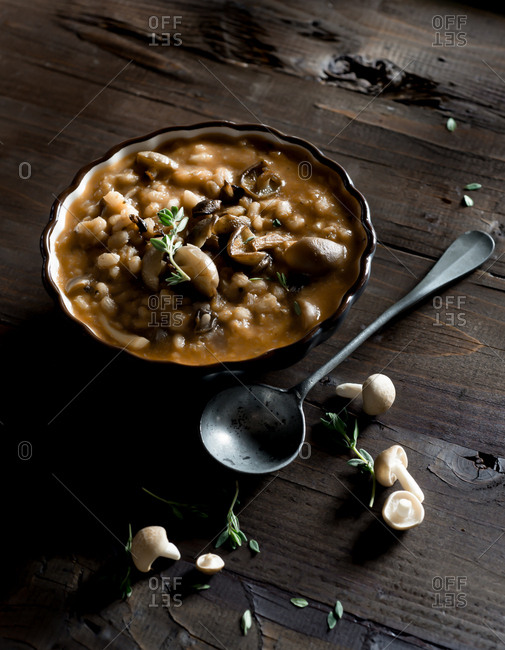 Mushroom Barley Soup with Thyme