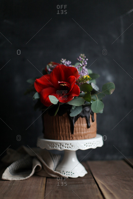 Cake with ornate floral topping