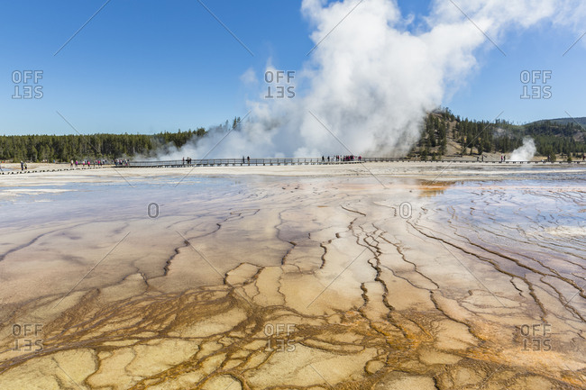 USA- Wyoming- Yellowstone National Park- Midway Geyser Basin- boardwalk with tourists