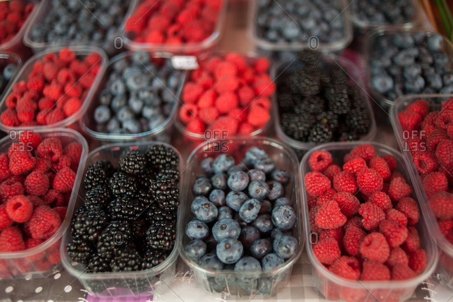 Close up of berries at a farmers market