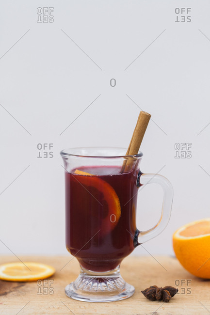Mulled cider with concord grapes
