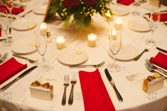 Cozy table for winter wedding reception