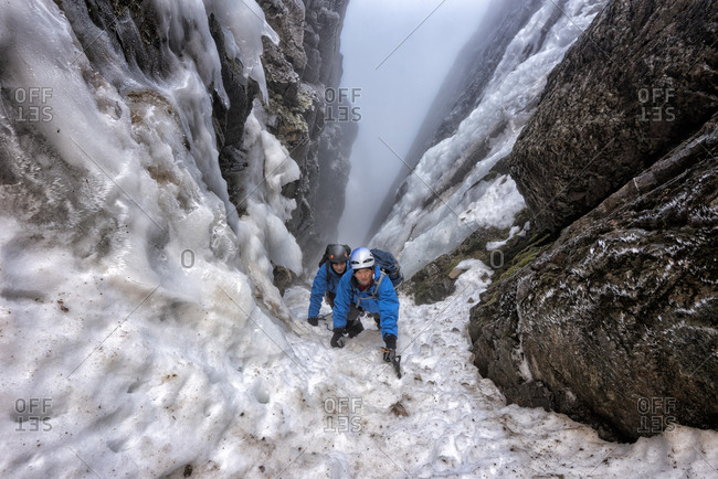UK- Scotland- Ben Nevis- mountaineers at Number Two Gully