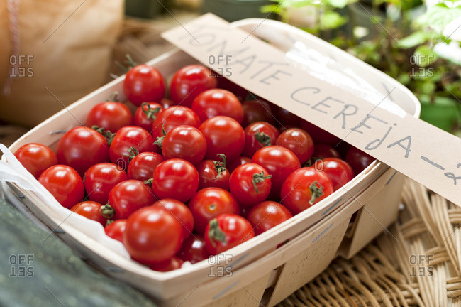 Cherry tomatoes in Portuguese market