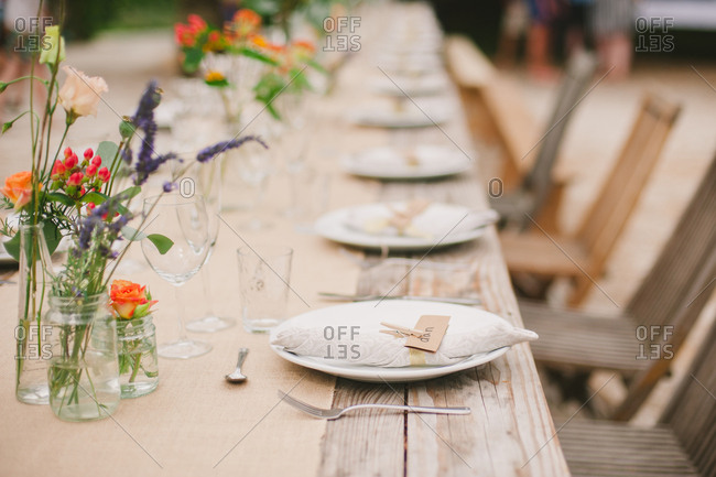 Name tag on plate on outdoor table