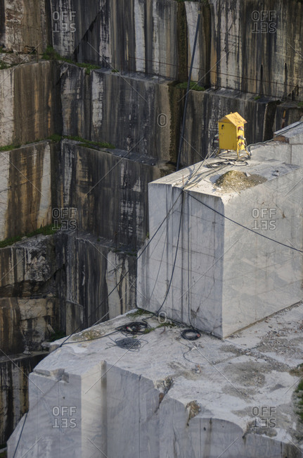 Wires in a marble quarry