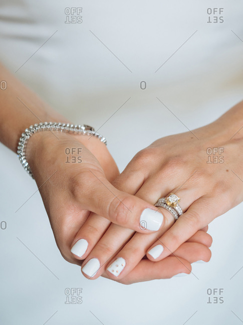 Bride wearing her rings