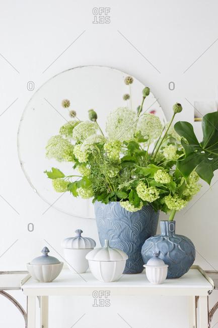 Spring flowers in blue vases