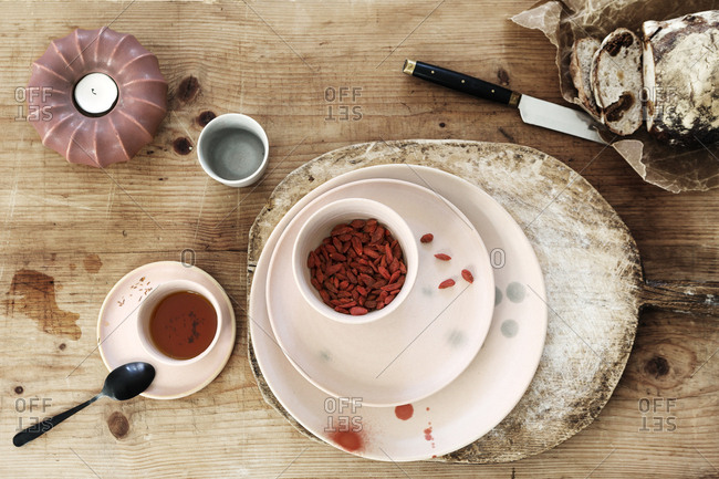 Goji served with tea and bread