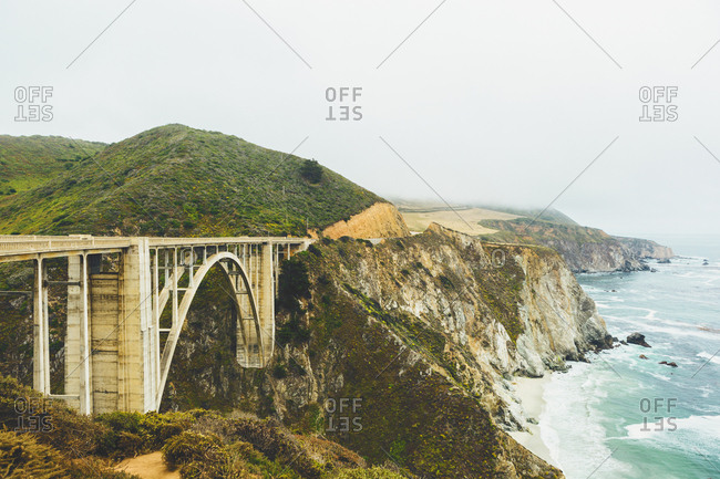 USA, California, Big Sur, Bixby Creek Bridge, Bridge on rocky coast