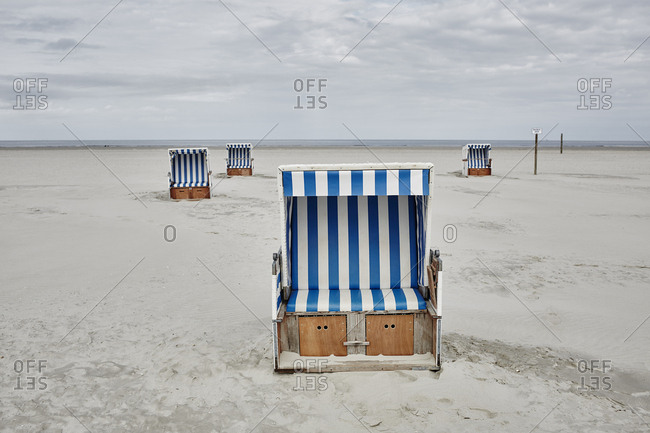 Germany - Schleswig-Holstein - St Peter-Ording - hooded beach chair