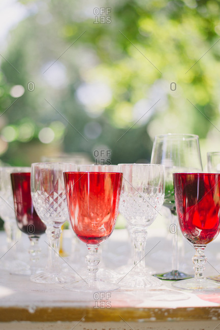 Red and clear wine glasses