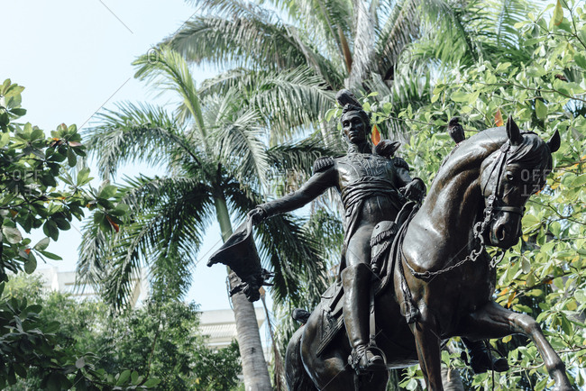 Bronze sculpture in the middle of a park in the walled city of Cartagena de Indias, Colombia