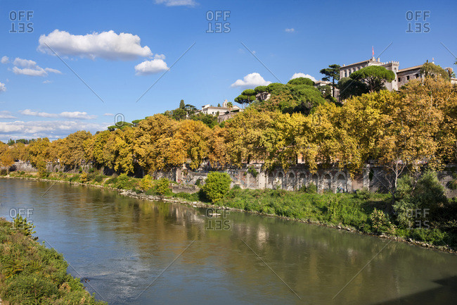 Tevere river view with of Aventino hill