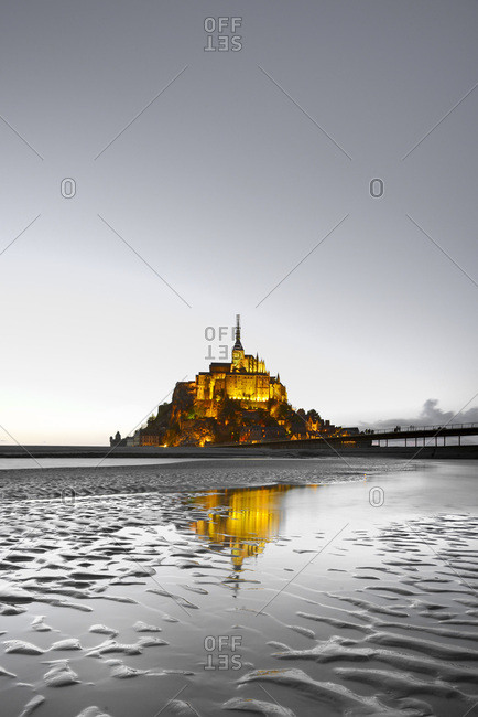 Mont Saint-Michel at low tides