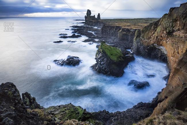 Londrangar, bird rock and the surrounding basalt cliffs