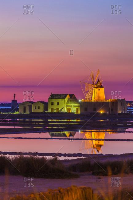 Isole dello Stagnone, Salt fields