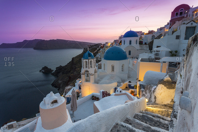 Sunset at the village of Oia