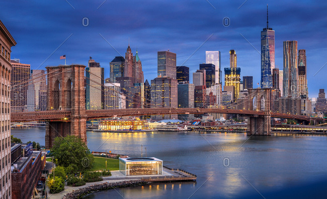 Brooklyn Bridge, View of the Lower Manhattan and Financial District skyline across the East River