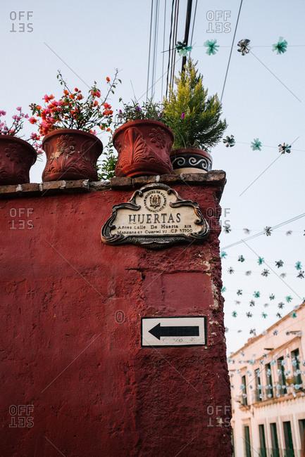 Spanish street sign