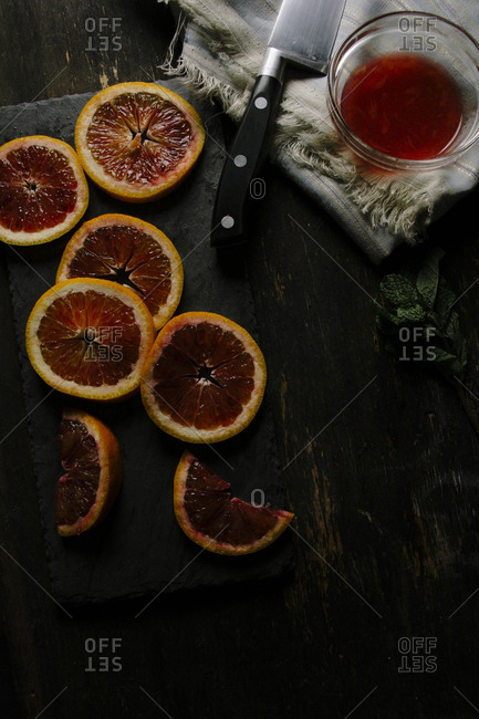 Sliced blood oranges with mint