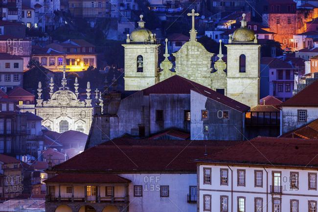 Portugal, Norte, Porto, Illuminated old town of Porto