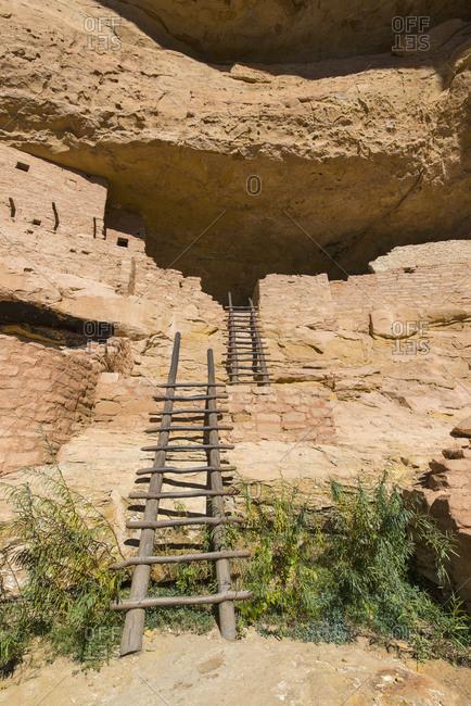 USA, Colorado, Ladders at Long House pueblo ruin in Mesa Verde National Park