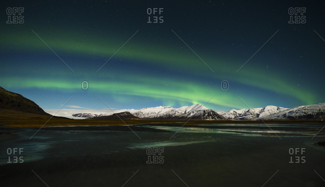 Iceland- Northen lights at night