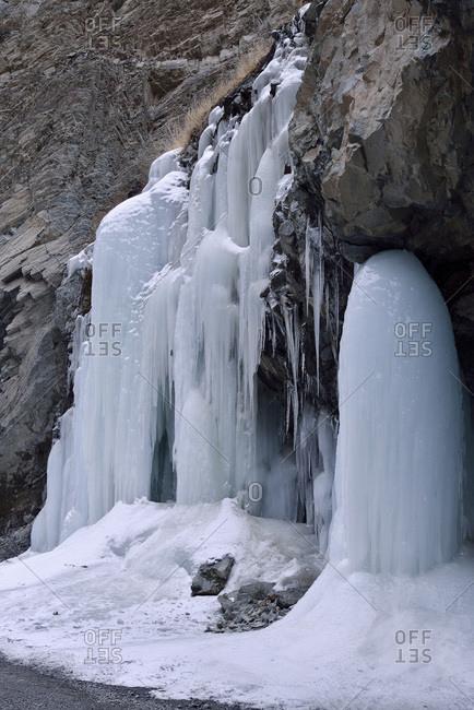 India, Latah, Indian State Jammu and Kashmir, mountain landscape between Lehn and Lamayuru, permanent frost