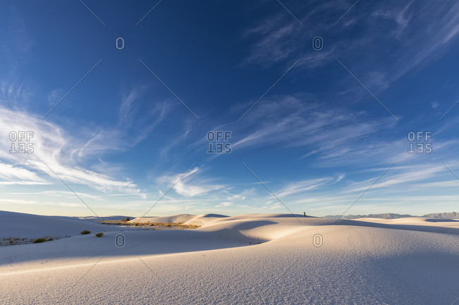 USA- New Mexico- Chihuahua Desert- White Sands National Monument- landscape with person