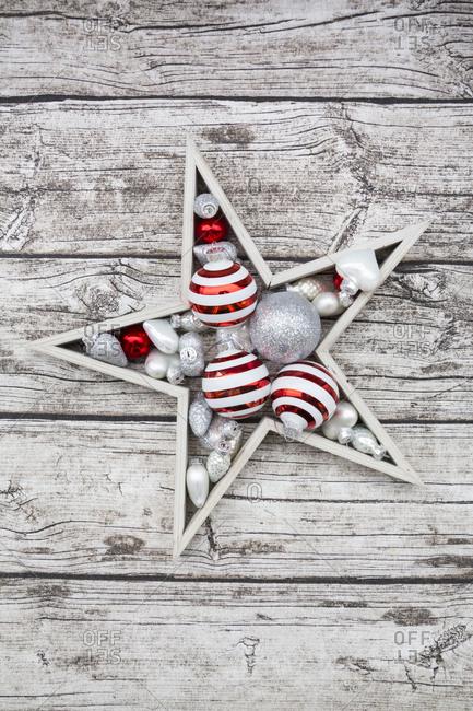 Christmas decoration on wood - Offset