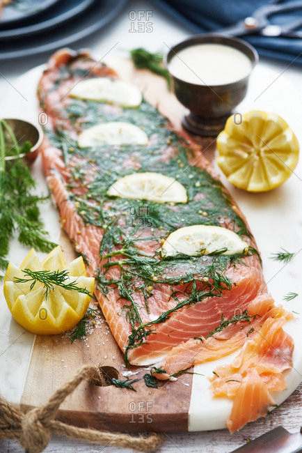 Salmon fillet with lemon slices