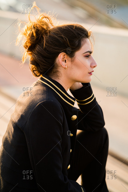 Woman in casual looking away
