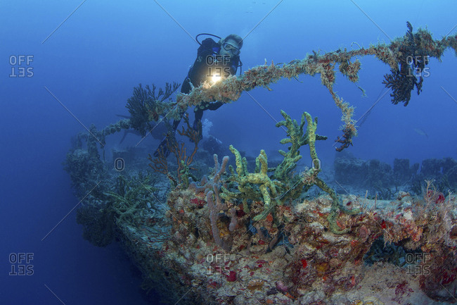 Diving the shipwreck of the Spiegel Grove on the occasion of the 10th anniversary of its sinking as an artificial reef