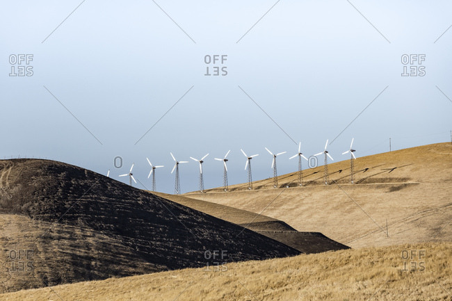 Altamont Pass wind mill farm in the Diablo Range of Northern California.