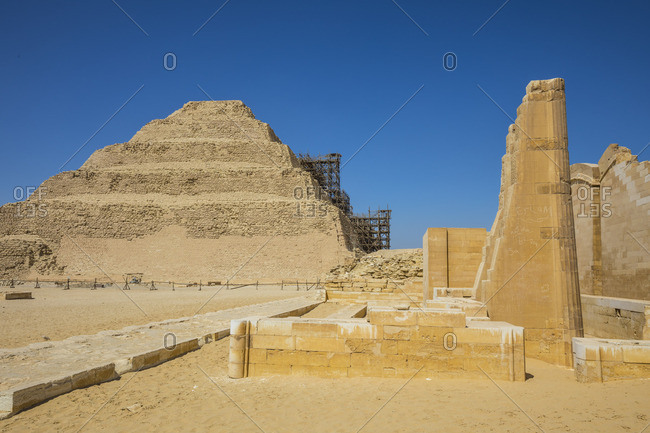 Step Pyramid of Djoser (the oldest Pyramid in Egypt, 2600bc), Saqqara, Nr Cairo, Egypt
