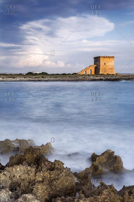Italia, Italy, Apulia, Puglia. Salento, Salentine Peninsula. Lecce District. Porto Cesareo Torre Lapillo Beach.