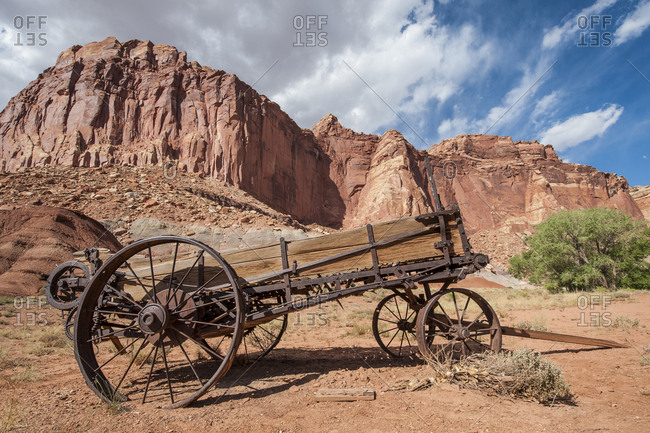Old wagon, Fruita, Capitol Reef National Park, Utah, USA.