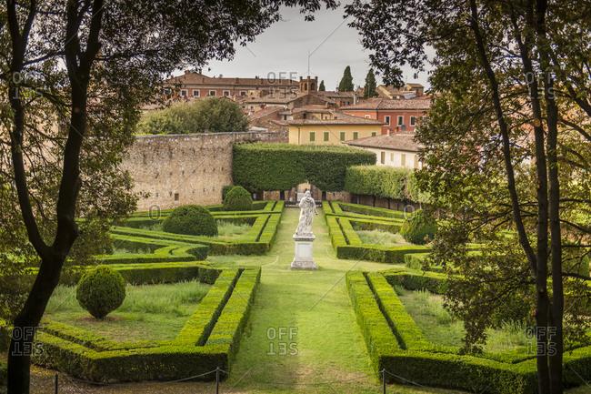 Italy, Tuscany, San Quirico d'Orcia. Horti Leonini