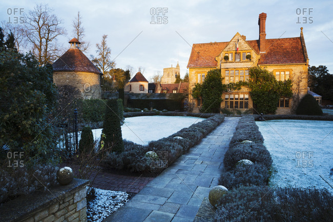 Exterior view of Le Manoir aux Quat'Saisons, Oxfordshire in winter.