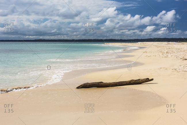 A white sand beach on the uninhabited island, Cayo Zapatilla, in Bocas del Toro, Panama