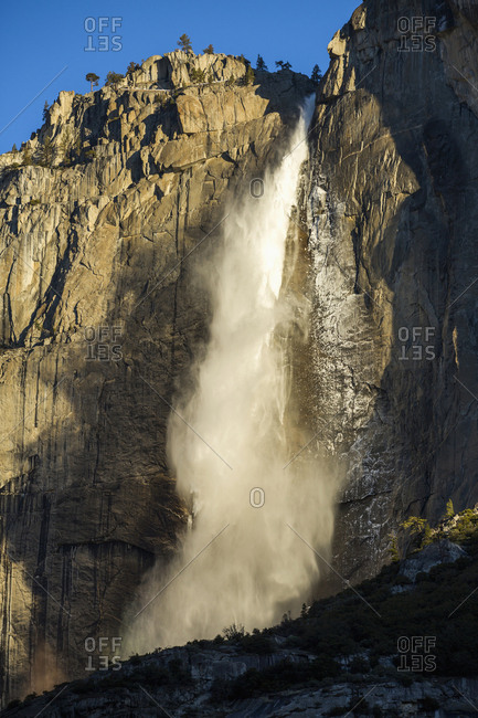 Yosemite Falls waterfall, Yosemite, California, United States